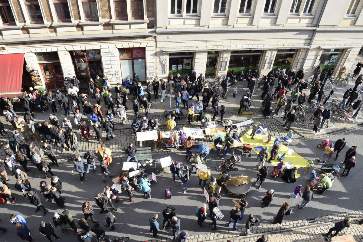 """500 Menschen bei Kundgebung """"Gleiches Hecht für Alle!"""""""